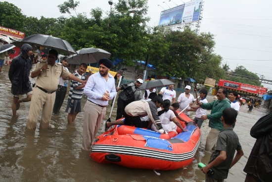 Aircel-boat-1