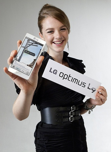 LG-Optimus-L9-launch