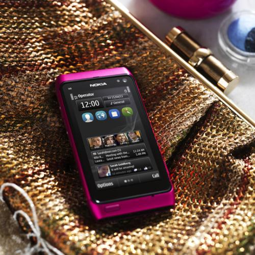 Fancy a Nokia N8 in Pink ?