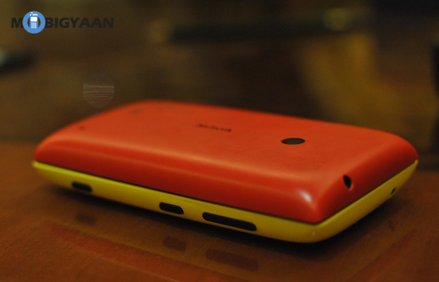 Nokia Lumia 520 Red and Yellow