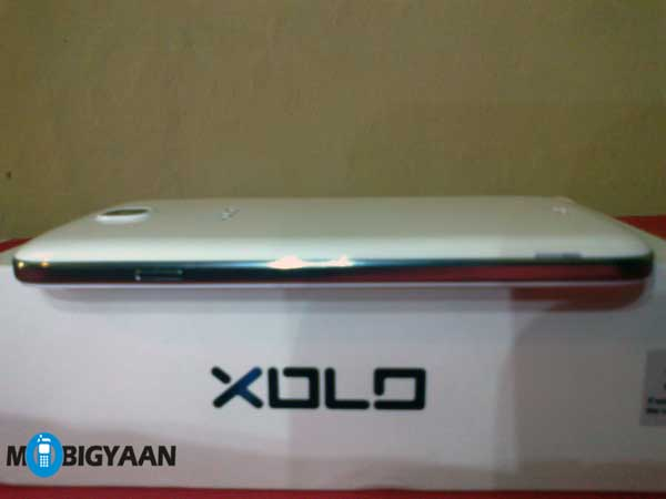 XOLO Q1000 Opus right edge