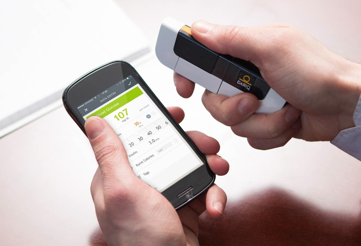 LabStyle Dario is a glucose tester that plugs into your iPhone!