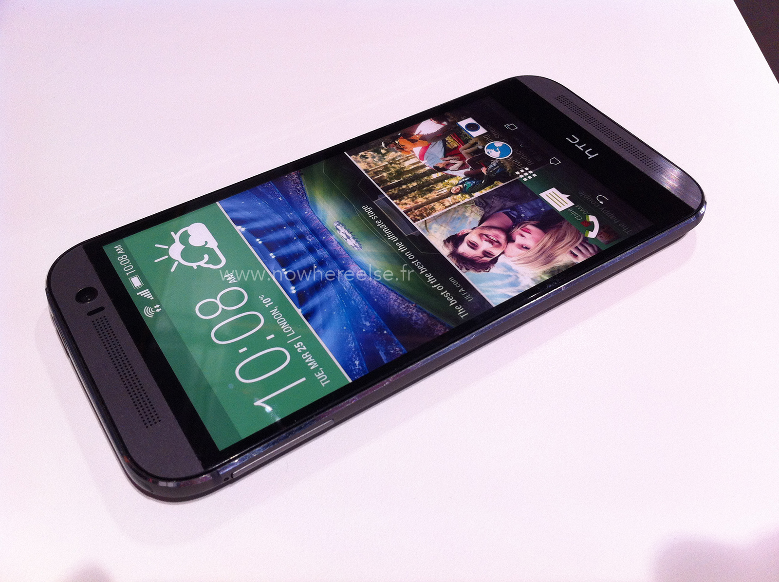 New HTC One dummy