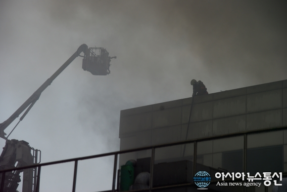 Samsung-Factory-fire-2