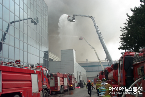 Samsung-Factory-fire