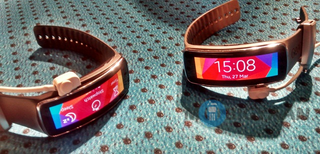 Samsung Gear Fit (7)