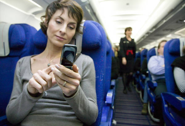 In-Flight-mobile-Phone-Usage
