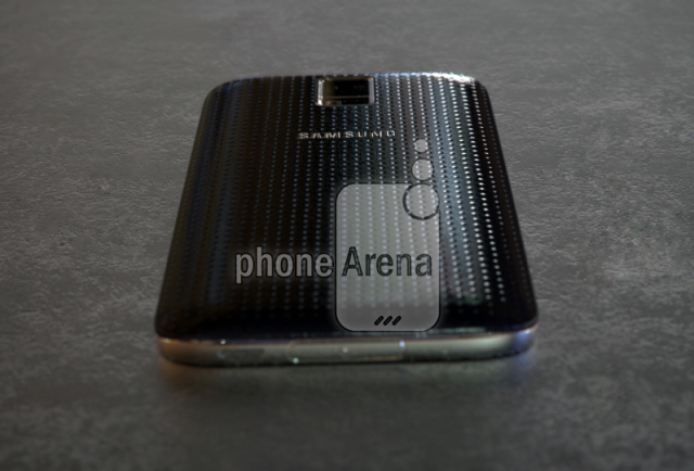 Galaxy S5 Prime live pictures 2