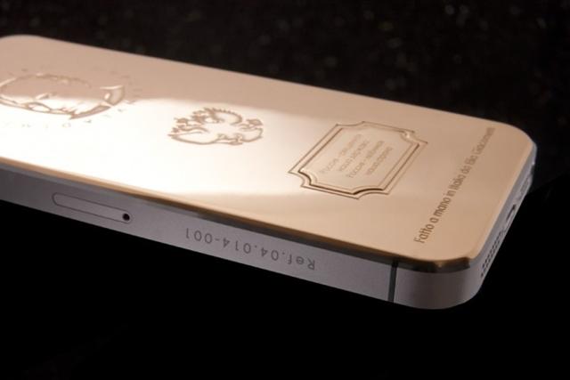 Caviar-Supremo-iPhone-5S-Putin-2-2