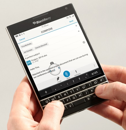 BlackBerry-passport-official-render