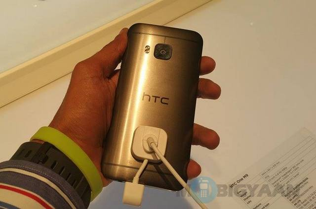 HTC-One-M9-hands-on-2