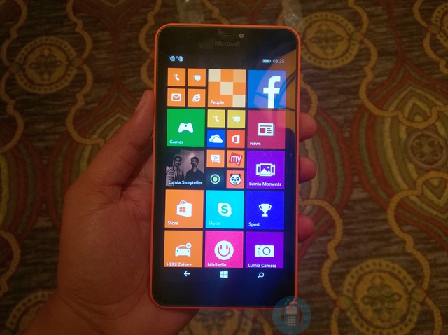 Microsoft-Lumia-640-XL-Hands-on-1