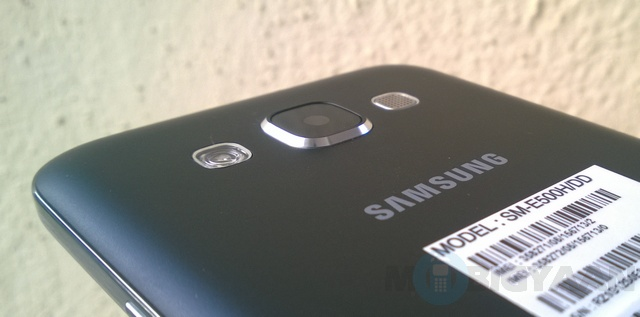 Samsung-Galaxy-E5-Review-12