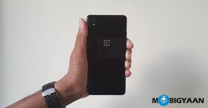 oneplus-x-review-rear-view