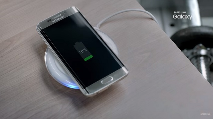 samsung-galaxy-s7-edge-wireless-charging-feature-video