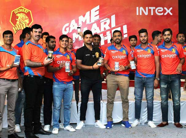 Intex-Aqua-Lions-3G-launch-sursh-raina