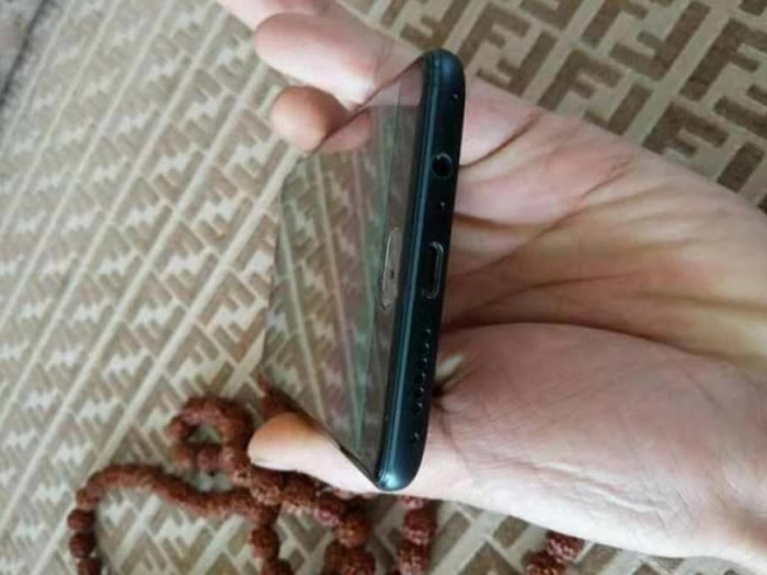 oneplus-3-spotted-with-usb-type-c-port-2