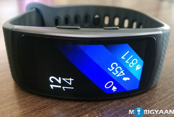 Samsung-Gear-Fit2-Hands-on-Images-Review-4
