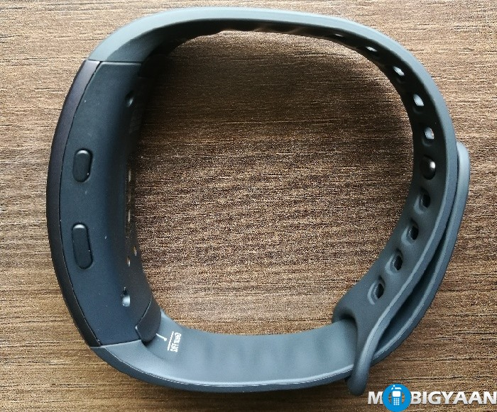 Samsung Gear Fit2 - Hands-on Images
