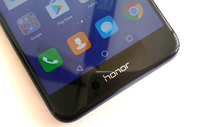 Honor-8-Lite-Hands-on-Images-7-700x430