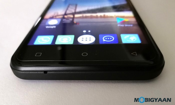 iVoomi-Me-5-Hands-on-Review-Images-10