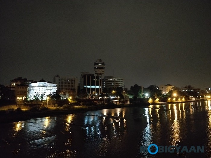 oneplus-5-review-camera-samples-night-11-non-hdr