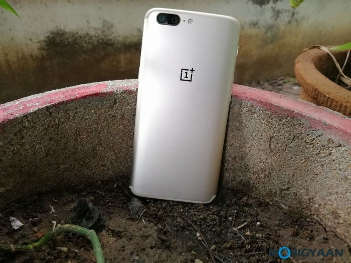OnePlus-5-Gold-Hands-on-Review-Images-1