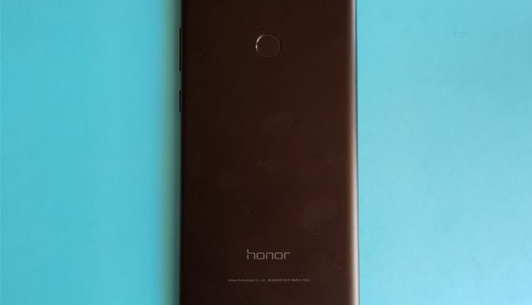 Honor-7X-Hands-on-Review-Images-10-750x430