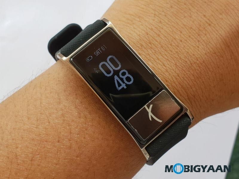 Smartron-t.band-Fitness-Tracker-Hands-on-Images-1