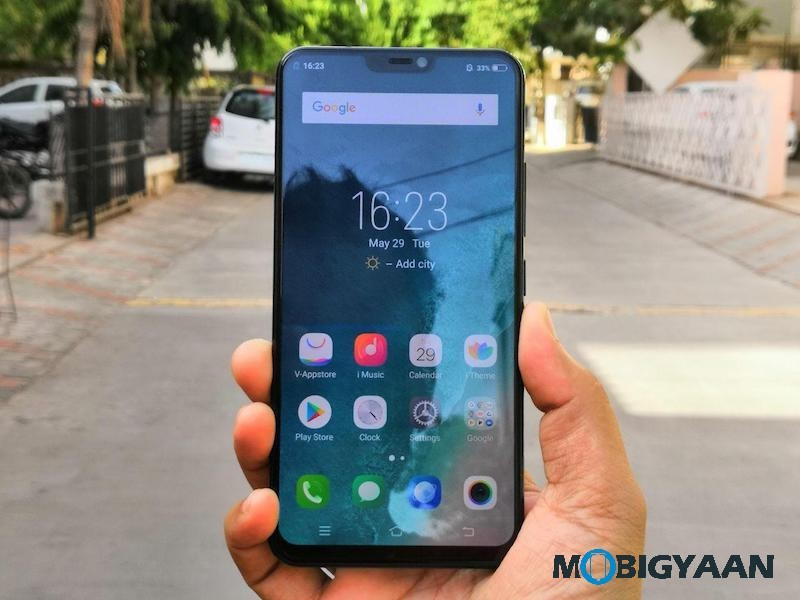 Vivo-X21-Hands-on-Worlds-First-Smartphone-with-In-Display-Fingerprint-Scanner-Images-0