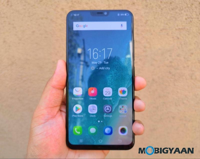 Vivo-X21-Hands-on-Worlds-First-Smartphone-with-In-Display-Fingerprint-Scanner-Images-11