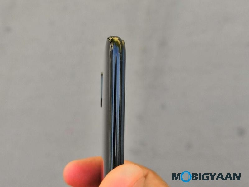 Vivo-X21-Hands-on-Worlds-First-Smartphone-with-In-Display-Fingerprint-Scanner-Images-15