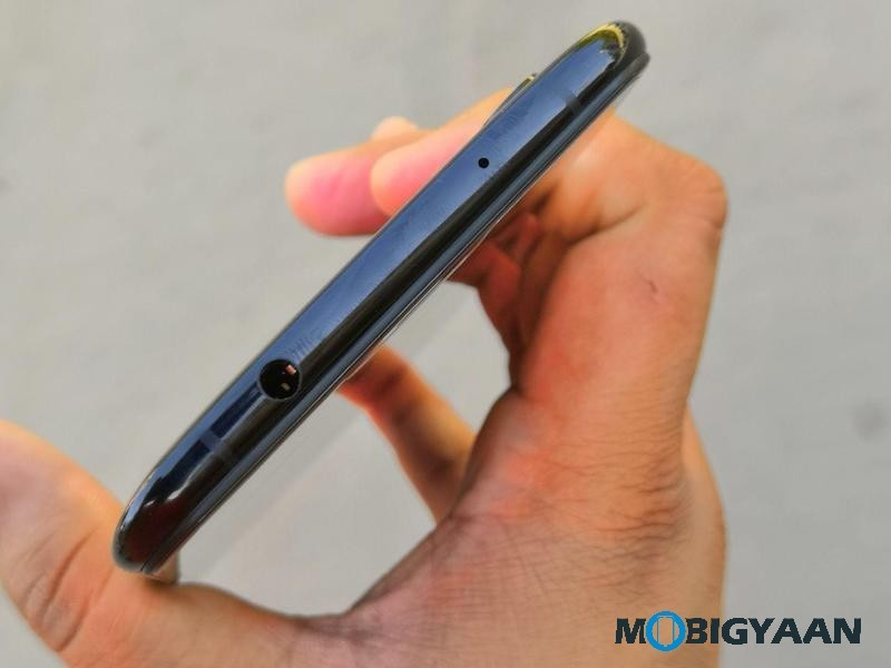 Vivo-X21-Hands-on-Worlds-First-Smartphone-with-In-Display-Fingerprint-Scanner-Images-16