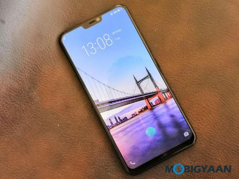 Vivo-X21-Hands-on-Worlds-First-Smartphone-with-In-Display-Fingerprint-Scanner-Images-3