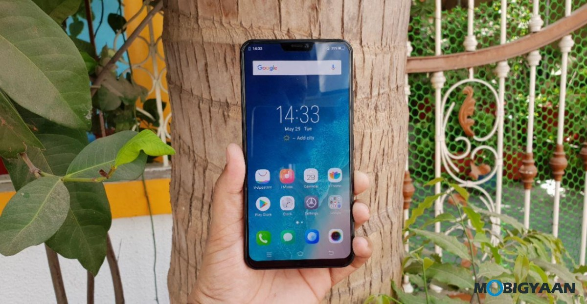 Vivo-X21-Hands-on-Worlds-First-Smartphone-with-In-Display-Fingerprint-Scanner-Images