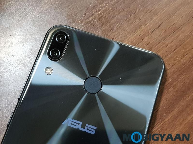 ASUS-ZenFone-5Z-Hands-on-and-First-Impressions-Images-0