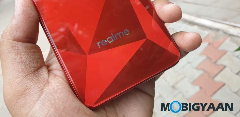 Reamle-2-vs-Realme-1-Comparison-1