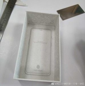 alleged-oneplus-6t-leaked-retail-box-design-5-298x300