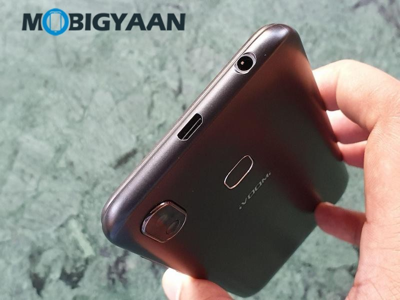 iVoomi-Z1-Hands-on-Review-Images-2