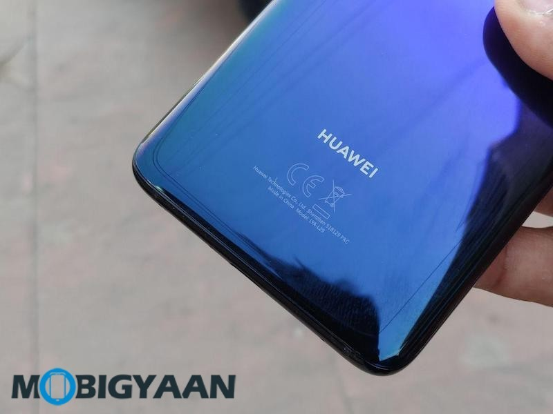HUAWEI-Mate-20-Pro-Hands-on-Revew-Images-8
