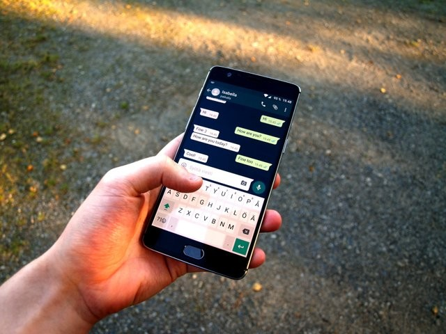 WhatsApp-Chat-Features