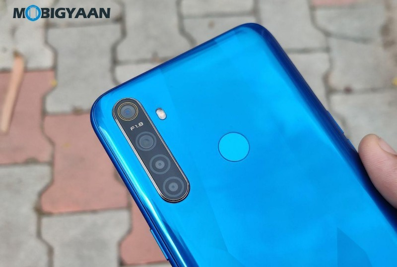 realme-5-Review-Design-3