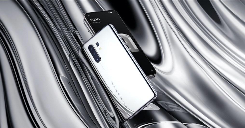 Vivo-X30-AW-Limited-Edition-2