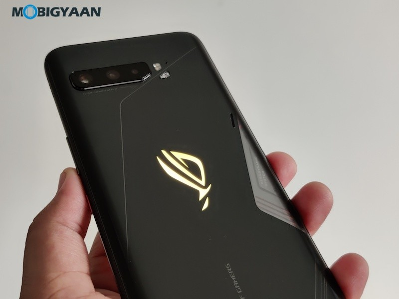 ASUS-ROG-Phone-3-Hands-On-Review-14