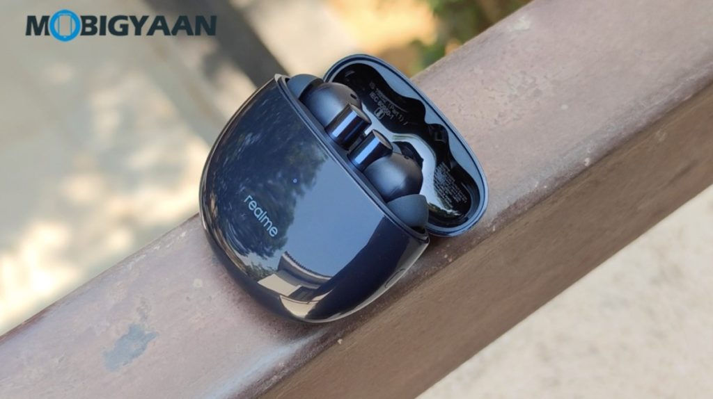 realme-Buds-Air-2-Review-ANC-earbuds-Hands-on-Design-17-1024x574