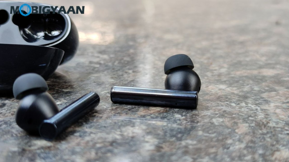 realme-Buds-Air-2-Review-ANC-earbuds-Hands-on-Design-4