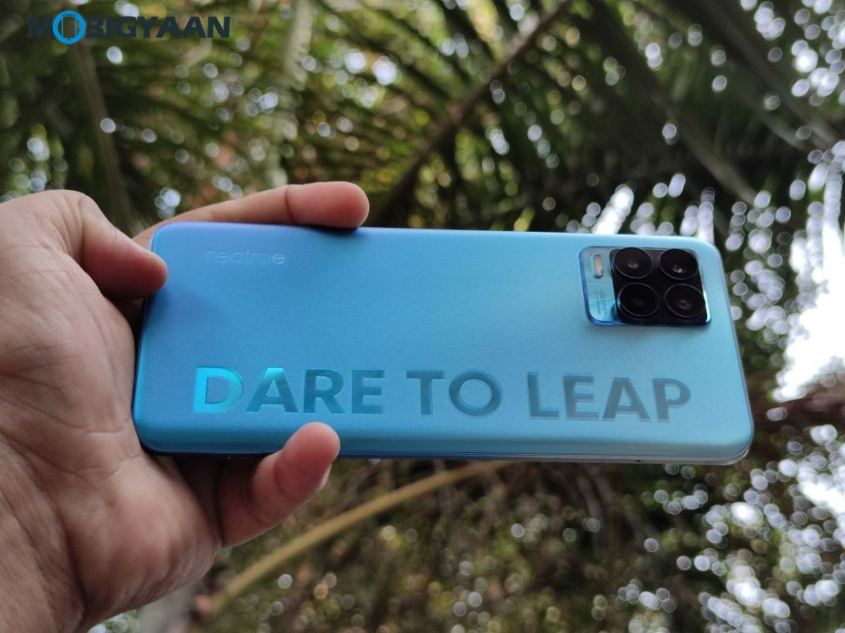 realme-8-Pro-Review-Hands-on-Design-Images-13