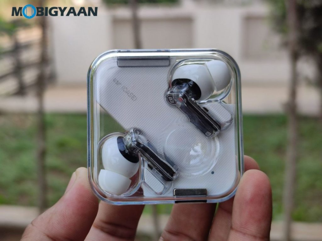 Nothing-ear-1-Review-Earbuds-Design-7-1024x768