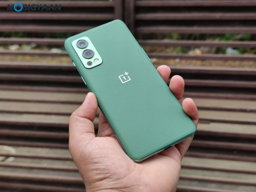 OnePlus-Nord-2-5G-Review-Design-5-1024x768